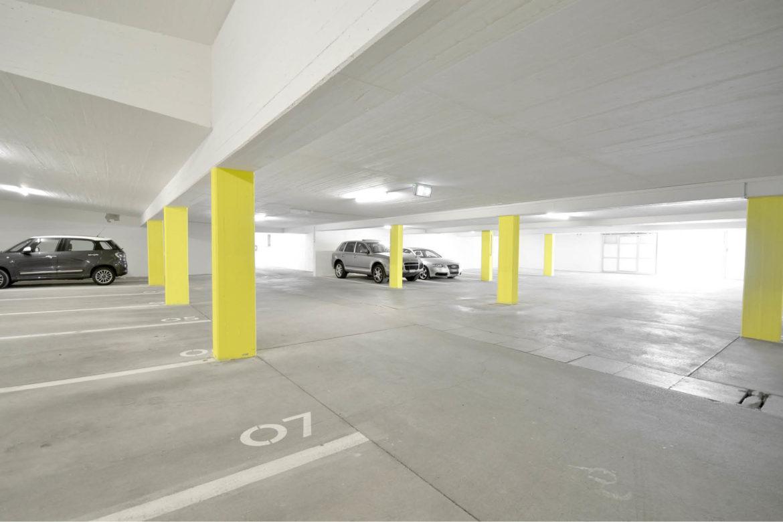 Parkhausbeschilderung